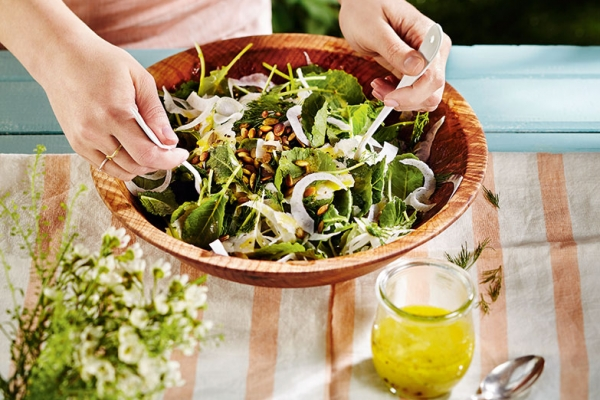 Kale & Fennel Salad with Lemon Dill Dressing